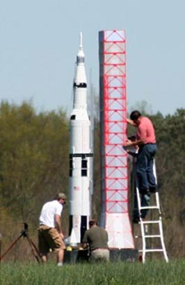 Saturn V Model Rocket Setup